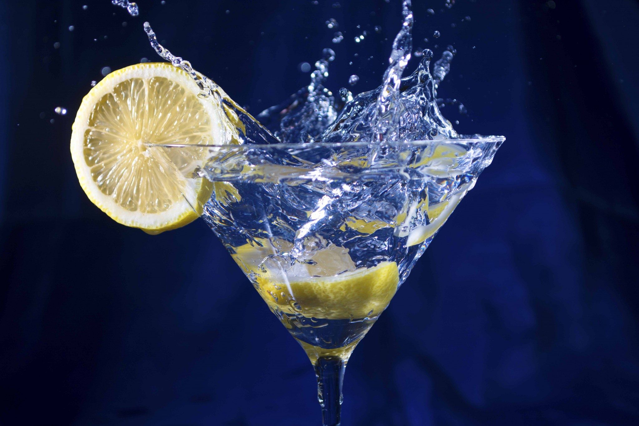 Lemon Drop Stop Action Martini Glass Blue Yellow Allan Sacramento State Fair Winners creative
