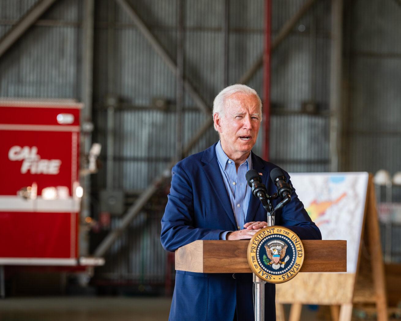 Biden-Cal-Fire-Truck-President-Biden-Mather-CA-0739