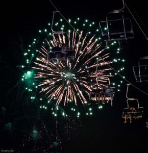 Close-up-Fireworks-and-skyride