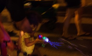 Girl-with-light-gun-night
