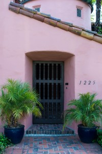 1225 45th Street Sacramento Pink Entry