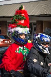 Elf-Hat-motorcycle-Grass-Valley-Toy-Run-motorcycle-DSC8856
