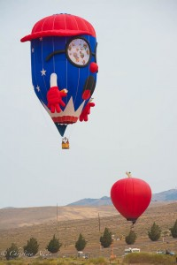 Minions-red-blue-reno-balloon-races-allan DSC6243