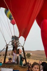 Red-balloon-woman-reno-races-allan DSC6193