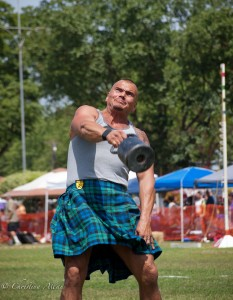 weight-over-the-bar-sacramento-valley-scottish-games