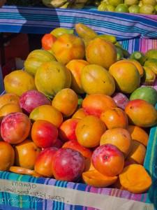 Farmer's Market Mangos
