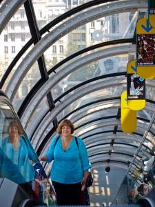 De on Pompidou Escalator
