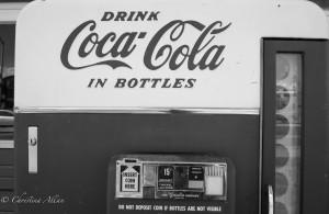 Retro Coca Cola Machine
