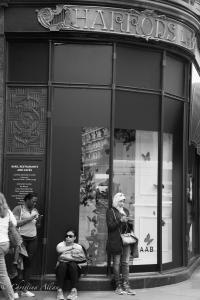 B&W Harrods three women london allan