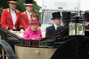 HM Queen Elizabeth II fuschia dress prince andrew duke of york landau carriage royal ascot procession great windsor park DSC_3426