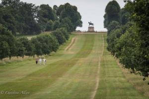 HM Queen Elizabeth II golden jubilee equestrian statue great windsor park allan DSC_3344