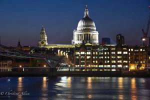 St. Paul's Cathedral thames Millenium bridge night london allan