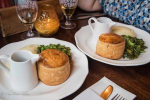 The Blackbird Fuller's Ale & Pie Meat pies pub food london allan