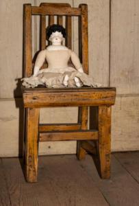Doll chair main house wakamatsu allan 4724