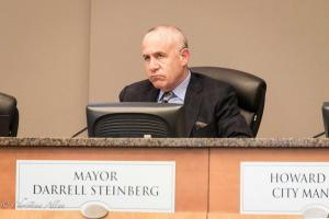 Mayor Darryl Steinberg Stephon Clark police shooting City Council Meeting  sacramento allan 432018 DSC 9358