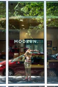 Modern-window-sign-downtown-sacramento-urban reflectionz-allan DSC5278