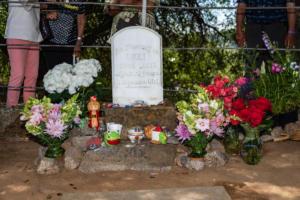 Outdoor okei gravestone wakamatsu allan -4755