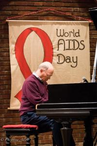 Pianist Cliff Shockney World AIDS Day First UMC Sacramento DSC 5665