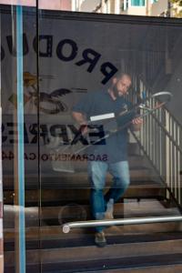 Produce Express truck worker sacramento urban reflections allan DSC5248