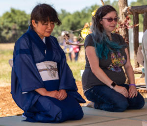 Woman in blue tea ceremony wakamatsu-4642